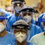 «Coronavirus: ¿Seré yo el próximo que se muere?»: el dramático testimonio de los médicos que se han infectado de covid-19